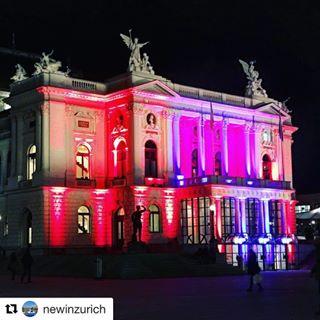Opernhaus Weihnacht